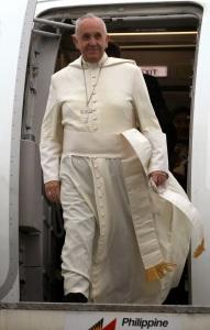 Pope_Francis_Tacloban_2